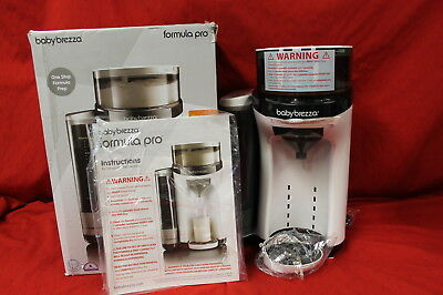 Baby Brezza Formula Pro - One Step Baby Bottle Food Maker NEW #N1