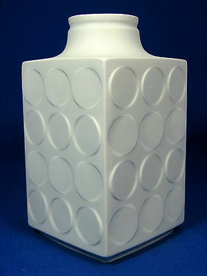 Cool 70´s Pop Art Design Winterling relief porcelain Porzellan  vase  19,5 cm