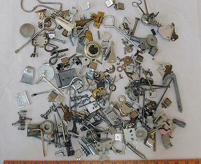Vtg Mixed Metal Salvage Hardware For Assemblage Art & Craft Huge 4 lb Lot (#6)