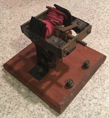 Antique Vintage Toy Model Bipolar Electric Motor 4 Inches Tall