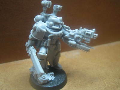 Forgeworld ++ Space Marine Apothecary ++ Forge World