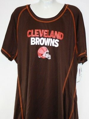 46d759b3 CLEVELAND BROWNS T-SHIRT THIS TEAM MAKES ME DRINK funny football ...