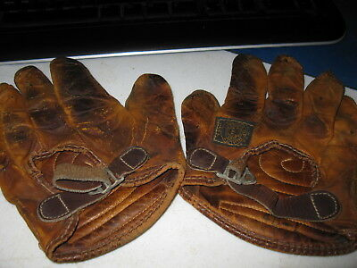 Rare 1920s Era Reach Vintage Antique Leather Hand Ball Gloves Set Great Example