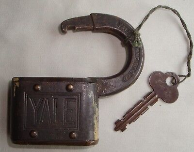 vintage YALE brass padlock lock with KEY works Yale & Towne Mfg Co Stamford Conn