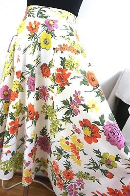 50s Pretty Cotton FLORAL CIRCLE SKIRT - Vintage Print - Sz Small - Spring Fever!