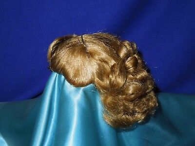 "Madame Alexander 1957 20""  Cissy Queen doll side part wig"