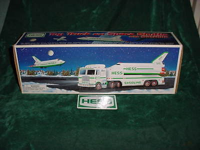 1999 Christmas Gift 1999 Hess Toy Truck And Space Shuttle Toys Truck Mint In Box
