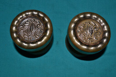ANTIQUE VINTAGE 1890s ONE SET OF FANCY BRASS DOOR KNOBS  AND ROSETTES