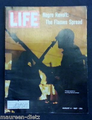 August 4, 1967 LIFE Magazine: Detroit Fires, 60s ads adds FREE SHIPPING Aug. 8 5