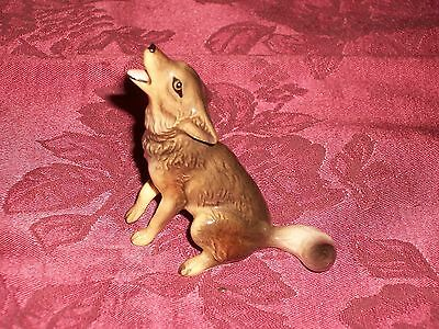 Adorable Hagen Renaker Miniature Porcelain Howling Coyote Dog Figurine