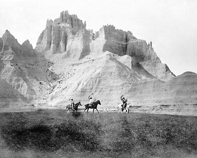 EDWARD S. CURTIS SIOUX INDIANS IN BADLANDS 8x10 SILVER HALIDE PHOTO PRINT