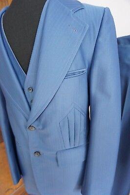 3 PC Men's 70s Blue Poly Suit w/ Totally Tacky Details - Sm  36 - Bell Bottoms!