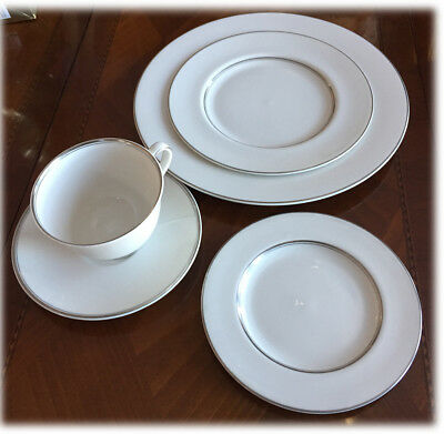 Royal Doulton ARGENTA 5 Piece Place Setting Cup Saucer Dinner Salad B&B Plates