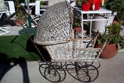 Antique 1930's Baby Doll Carriage Wicker Baby Buggy TLC Stroller