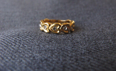 Vintage clear rhinestones hearts golden metal ring   size 6