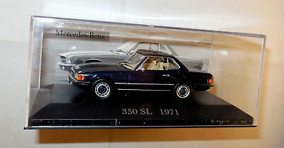 oldtimer modellauto 1963 mercedes benz 230 sl pagode. Black Bedroom Furniture Sets. Home Design Ideas