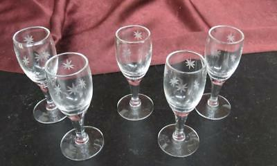 Vintage Set of 5 Starburst Clear Glass Cordial Glasses