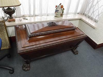 George111 Wine Cooler Large size Mahogany 1820s Stunning piece lead Lined