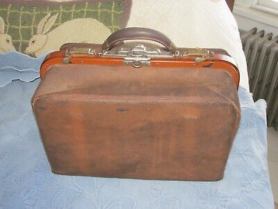 Antique Victorian Leather Doctor's Medical Bag with Leather grip