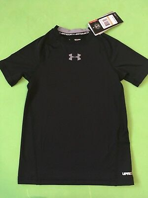 NWT Boys Under Armour Heatgear Shirt SPF 30 Fitted Youth Athethic  Black $22.99