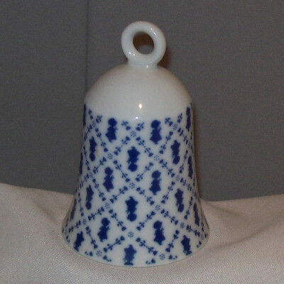 Holly Hobbie PETITE PATTERN 1980 Porcelain Bell made in Japan
