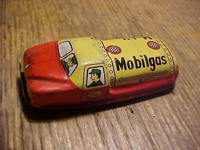 VINTAGE Tin Small Toy MOBILE GAS FUEL TRUCK,JAPAN