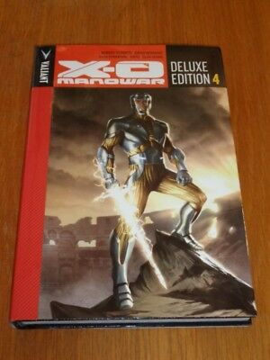 X-O Manowar Deluxe Edition Volume 4 by Robert Venditti (Hardback)< 9781682151839