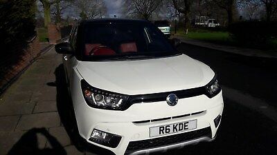 Ssangyong Tivoli ELX SUV  4 years warranty 2 years servicing and a yrs AA cover