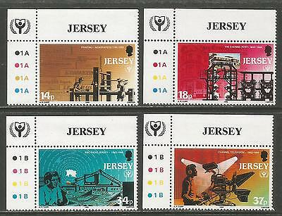 Jersey 1990 UNESCO World Literacy Year--Attractive Topical (540-43) MNH