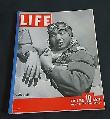May 4, 1942 LIFE Magazine Swordsman Sword Fight 40s adds ads ad FREE SHIPPING 5