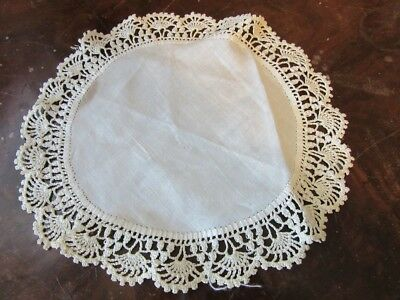 """Vintage table linen doily. Hand made. Crochet lace. 10"""" Round"""