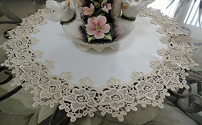 "23"" Rose Lace Soft Gold & Ivory Doily Vintage Design Round"