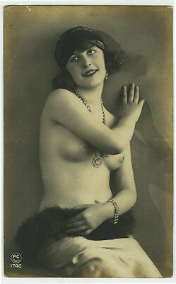 1920's French Nude PRETTY FLAPPER Beauty BABE photo postcard
