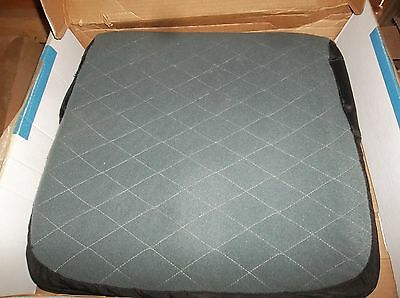 NEW Invacare Wheelchair Seat Cushion 17 X 18 Ulti-Mate Ultimate