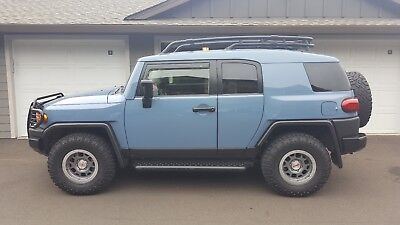 2014 Toyota FJ Cruiser Trail Teams Ultimate Limited Edition 2014 Toyota FJ Cruiser Trail Teams Ultimate Edition 1 of 2500 As New 9 Miles