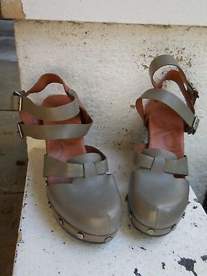 Otbt Usa Taupe Grey  Tan Leather Wedge Heels  Clogs  Style  As New 39 8 $150