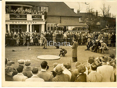 1953 TINSLEY GREEN The annual Good Friday Marbles Championship - Photo 20x15 cm
