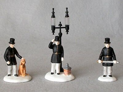 Dept 56 55794 S/3 Constables Dickens Village Retired With Box Handpainted