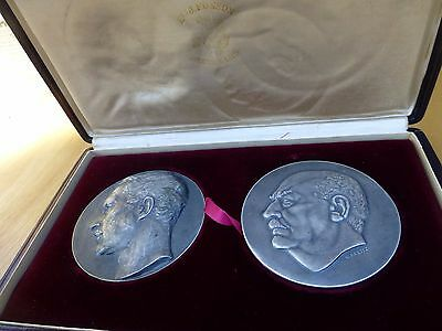 Superb Pair of two Rare austrian medals ca. 1930s in leather box [Y8-W6-A9]