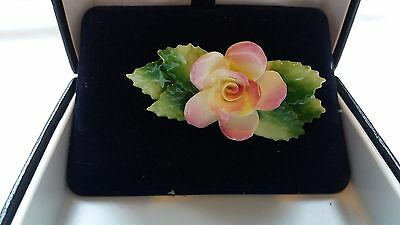 Lovely Vintage Royal Doulton Flower Brooch Boxed