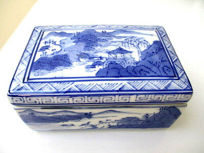 Antique Chinese Porcelain Makers Mark Blue White Landscape Covered Box