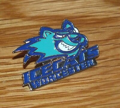 Worcester Icecats (AHL) Club Pin Badge **VGC** Ice Hockey Lapel