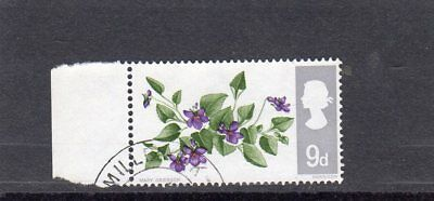 """GB 1967 FLOWERS 9d SG;721 wi USED """" UNLISTED"""" WITH MARGIN"""