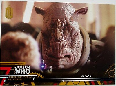 Topps Doctor Who Extraterrestrial Encounters GOLD paralell card 34 stamped 1/1
