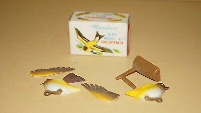 VINTAGE 1960s GOLDFINCH MINIATURE BIRD MODEL KIT HK 6103 by ELM TOYS with BOX