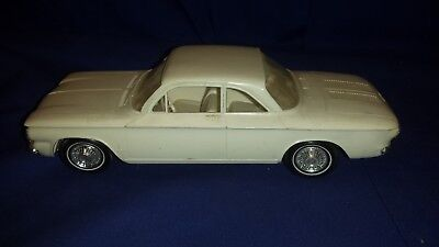 vintage AMT 1961 Chevrolet CORVAIR Clean Built Screw Bottom Model Kit i PAY2ship