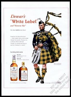 1948 Clan MacLeod tartan bagpipes piper Dewar's Scotch Whisky vintage print ad