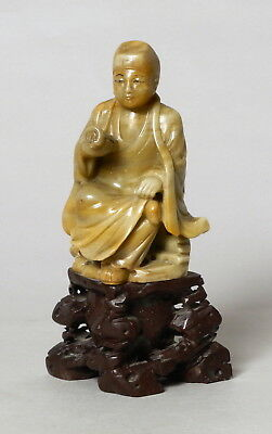Excellent Antique Chinese Soapstone Carved Stone Figure Of A Scholar