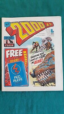 RARE 2000 A.D. COMIC-ISSUE No.2 1977 WITH RED ALERT SURVIVAL WALLET FREE GIFT