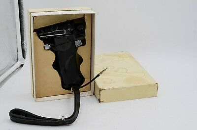 Rollei Vintage Camera Pistol Grip Cable Trigger Rolleiflex TLR - W/ Box
